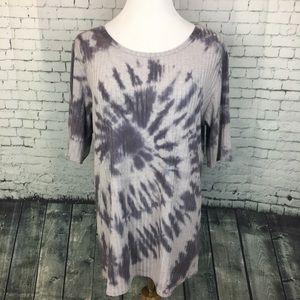 EUC LuLaRoe Tie Dye Ribbed T-Shirt Grey Size 2XL